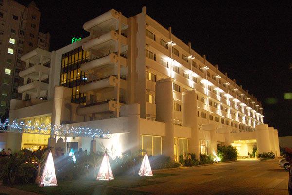 Hotel Exterior1 Ellaa Hotels