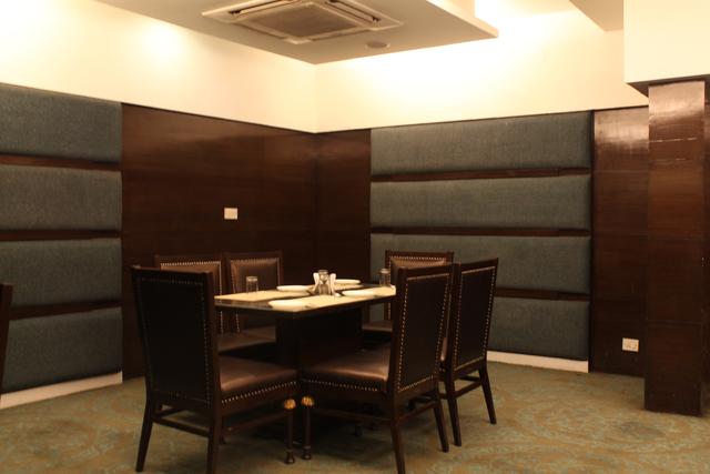 Restaurant_(0)