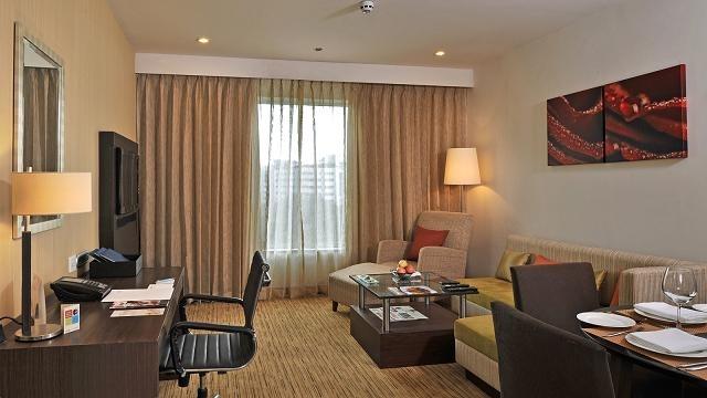 Living_Room_Suite