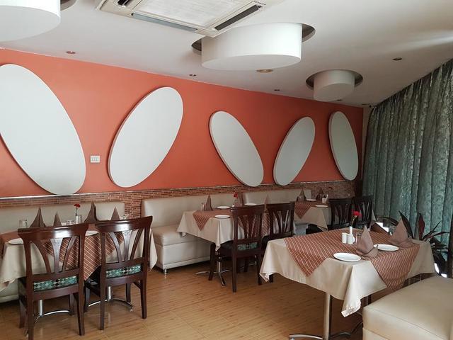 dining_1