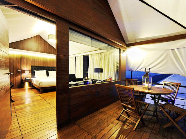 3B_Camp_Della_Interior