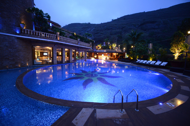 Della resorts lonavala use coupon code hotels get 10 off for Resorts in khandala with swimming pool