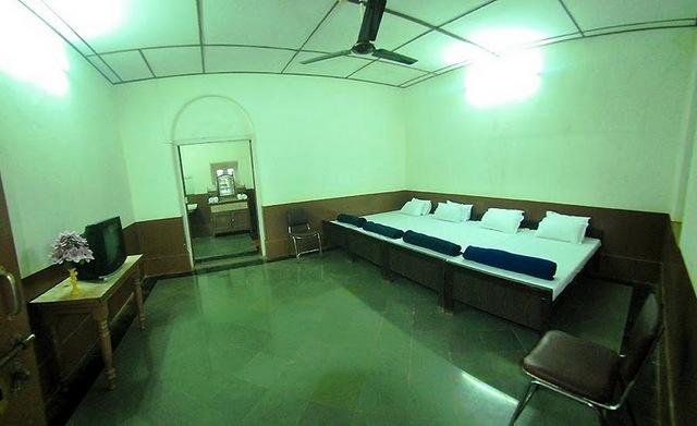 Cecil Hotel Matheran Room Rates Reviews Amp Deals