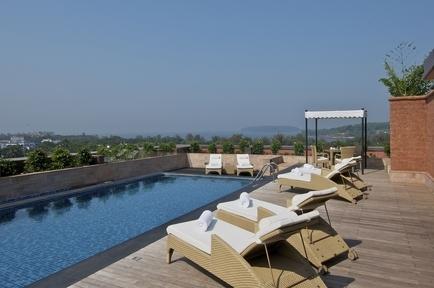 27654469-L1-Roof_top_Swimming_Pool