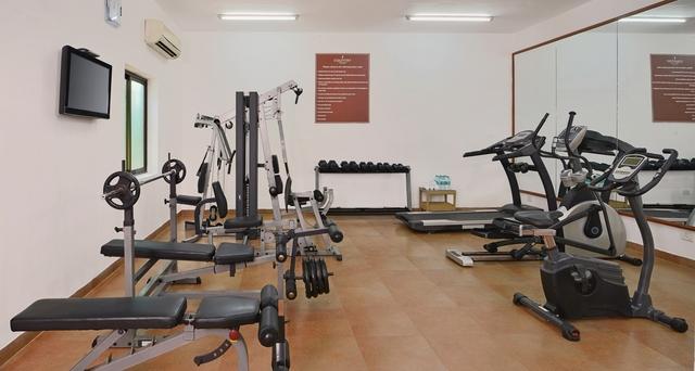 8_Gym