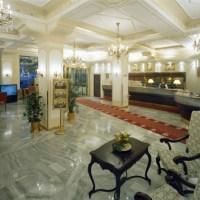 lobby001