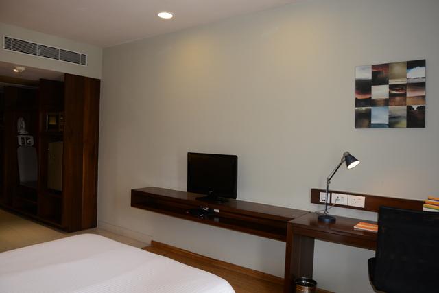 Studio_Suite_Room_(2)
