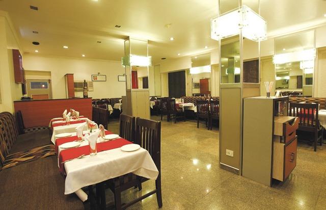 Pioneer_Hotel_Silvassa_4.jpg
