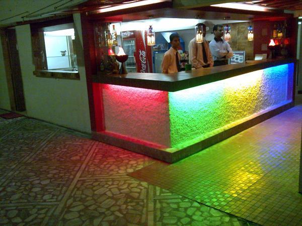 hotelprincesspark-daman-bar-and-restaurant