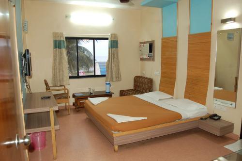 hotelprincesspark-daman-premium-deluxe-room-2