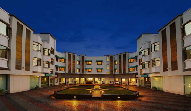 Daiwik_Hotels_Shirdi_Front_View