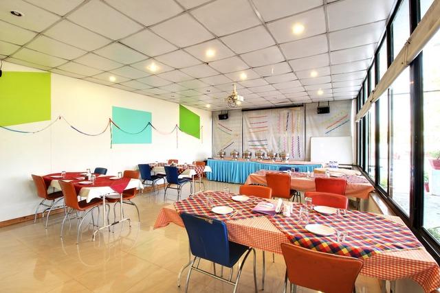 Z_Hotel_Aradhana_by_Ashoka_Restaurant