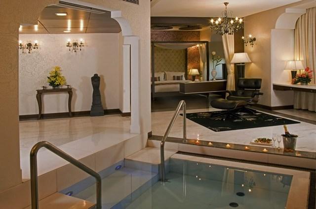 Heritage_Village_Resort_and_Spa_Manesar_Presidential_Suite1