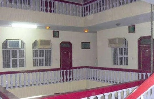 hotel-raj-bed-breakfast-agra-hotel-raj-bed-and-breakfast-corridor_jpg-agra-113003848571-jpeg-g
