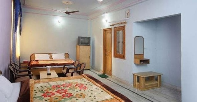 hotel-raj-bed-breakfast-agra-hotel-raj-bed-and-breakfast-room11416306712276_jpg-agra-113003941437-jpeg-g