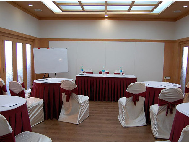 Conference_Room_1