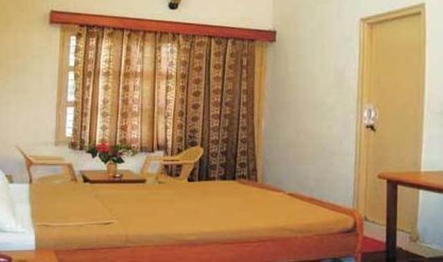 vinayak-hotel-mount-abu-room-66116411572g