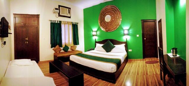 Luxury_Room_Green