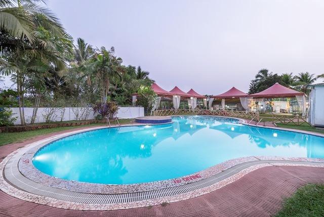 01_Swimming_Pool