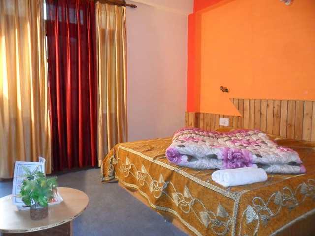 hotel-royal-orchard-manali-manali-dlx-room3-109418152353-jpeg-fs