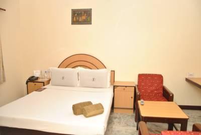 Santhi_Inn___Pondicherry3