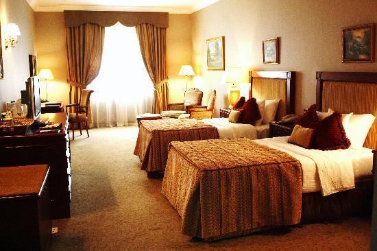 Royal Ascot Hotel Dubai Reviews Photos Room Rates