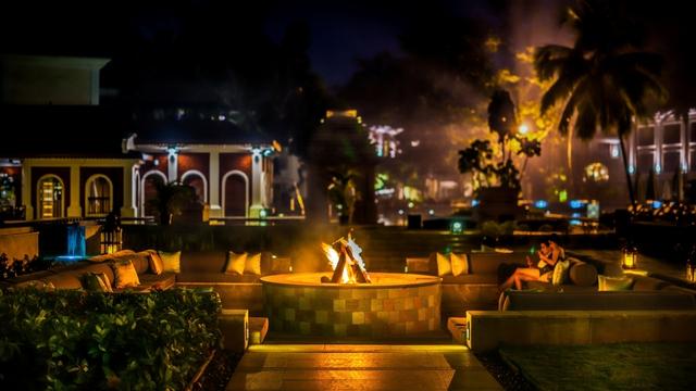 GHGOA_Grand_Hyatt_Goa__Capiz_bar_fireplace_v2_sm