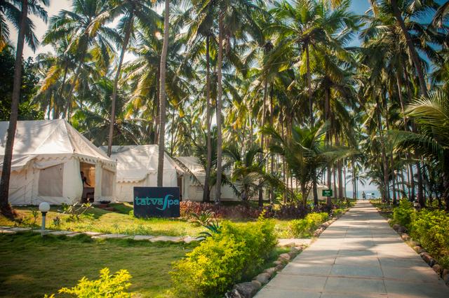 La Cabana Beach And Spa Resort Goa Reviews