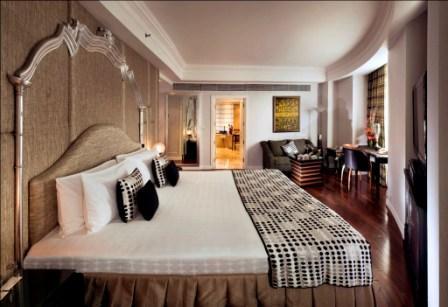 Crescent_Room