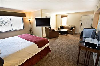 Sterling Hotel And Suites A 3 Star Rated In West Des Moines