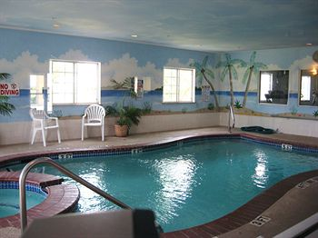 Crystal Suites A 2 Star Rated Hotel In Texas City