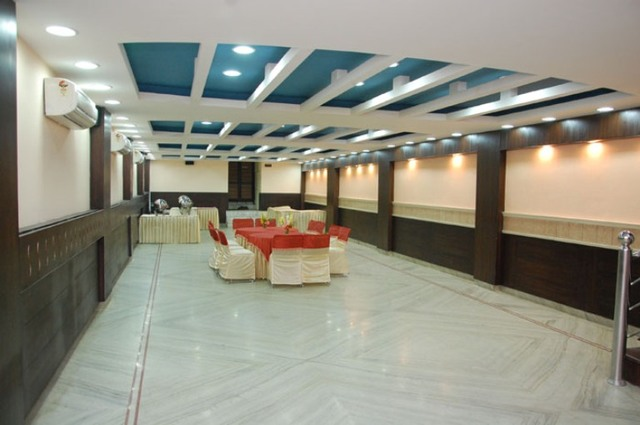 Hotel Crown Royale Dehradun Room Rates Reviews Amp Deals