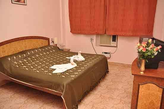 Room1_3