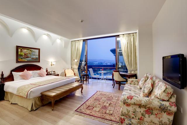 Cabana_Room_1