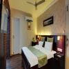 Super_Deluxe_Room_1