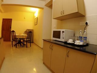 7.Family_Suite_Dining___Kitchen