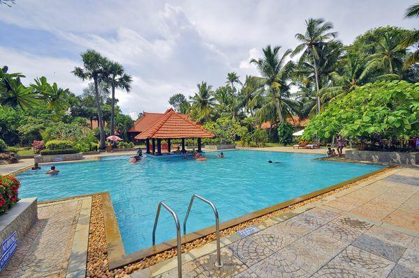 How To Reach Estuary Island Resort