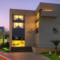 24-tech-hotel-exterior