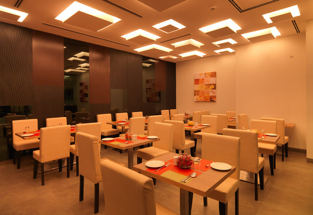 24-tech-hotel-restaurant-2-large