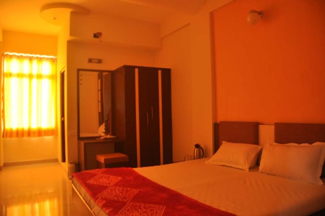 Skylon_Hotel_11.jpg