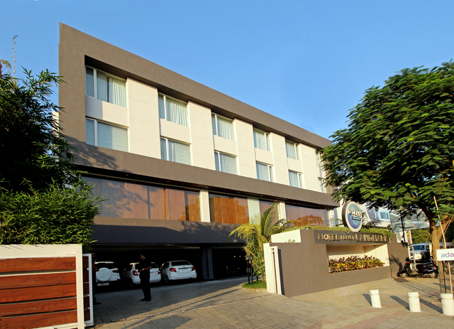 Hotels Near Sg Highway Ahmedabad