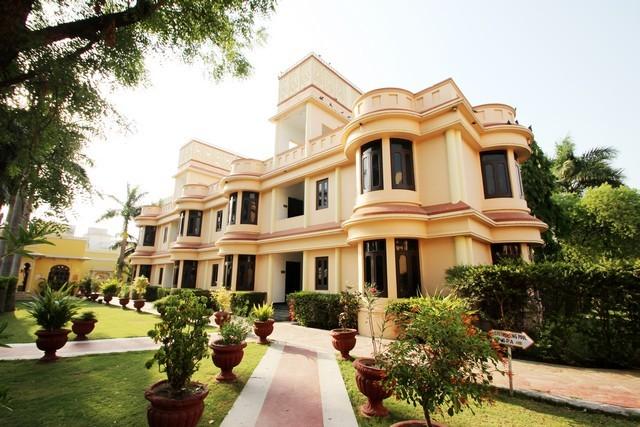 The Lalit Laxmi Vilas Palace Udaipur Room Rates Reviews
