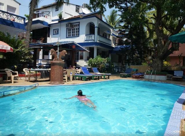 lui-beach-resort-goa-swimming-pool3-42837051326fs