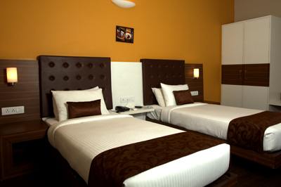 Room_double_bed
