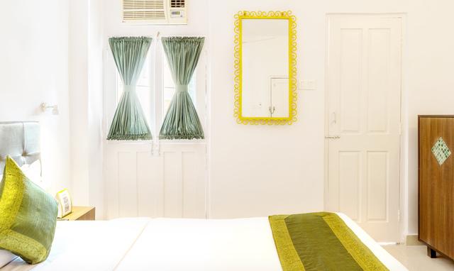 Oak_Room_Type_1_-_04