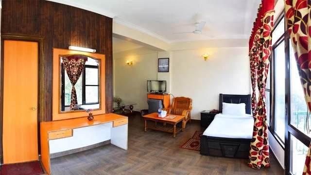 hotel-president-dalhousie-family-room-80740490251-jpeg-fs