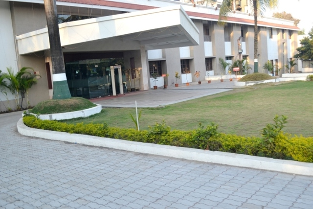 Hotel_Front_View