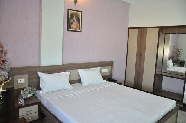 guestroom4
