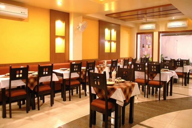 hotel-siddharth-residency-jaipur-restaurant-2-41724129fs