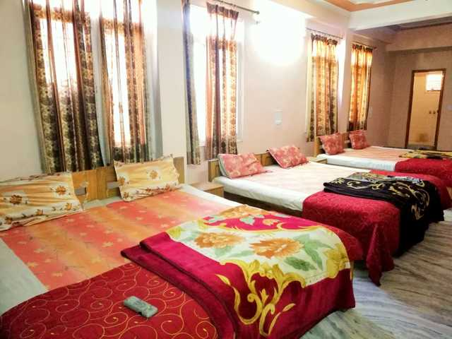 hotel-paradise-continental-jaipur-6-bed-room-3-126850524033-jpeg-fs